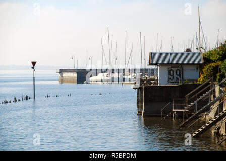Coast and Marina of Lindau, Bodensee, Germany. Position in Lindau 'Oskar-Groll-Anlage'. - Stock Photo