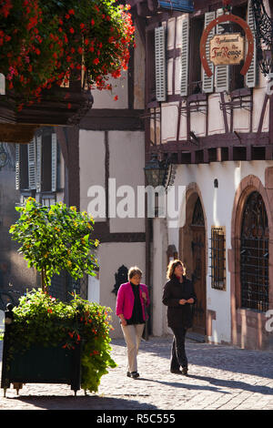 France, Haut-Rhin, Alsace Region, Alasatian Wine Route, Colmar, town detail - Stock Photo