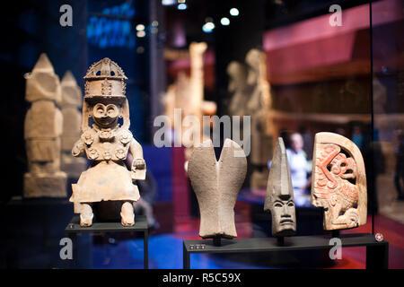 France, Paris, Musee du Quai Branly museum, Gods of rain and atmospheric phonomena, Mexico, 10th century - Stock Photo