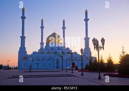Kazakhstan, Astana, Nur Astana Mosque - Stock Photo