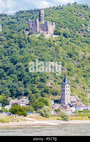 Rhine River Valley, Germany. Maus  Castle, above Wellmich Village. - Stock Photo