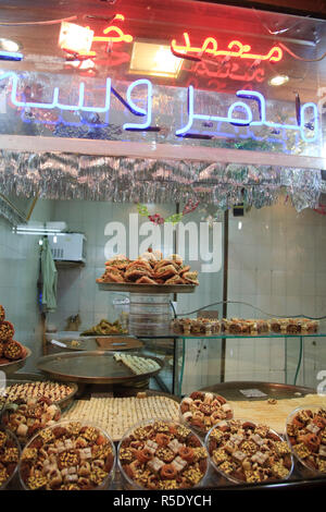 Syria, Aleppo, The Old Town (UNESCO Site), Syrian sweets - Stock Photo
