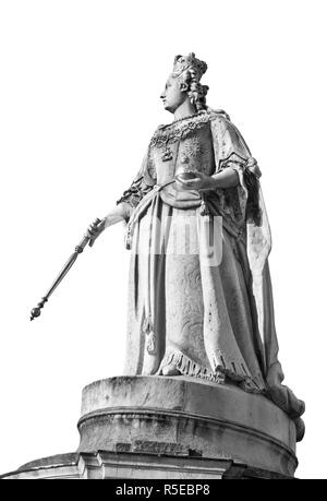 Queen Anne statue a replica by RC Belt and LA Malempre 1884-6 after Francis Bird's original (1709-12) outside St Paul's Cathederal,London UK - Stock Photo