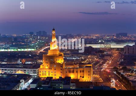 Qatar, Middle East, Arabian Peninsula, Doha, the spiral mosque of the Kassem Darwish Fakhroo Islamic Centre in Doha - Stock Photo
