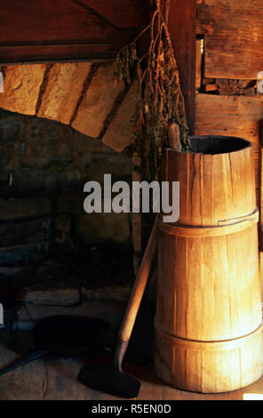 Butter churn,Museum of the Appalachia,Tennessee - Stock Photo