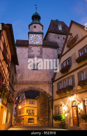 Germany, Bavaria, Romantic Road, Rothenburg ob der Tauber, Roder Arch, Markus Tower and The Romantic Hotel - Stock Photo