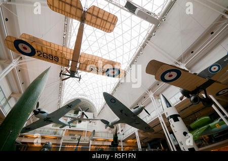 UK, Enlgland, London, Southwark, Imperial War Museum - Stock Photo
