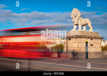 UK, England, London, South Bank Lion - Stock Photo