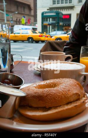 USA, New York, Manhattan, Midtown, Diner, breakfast bagel - Stock Photo