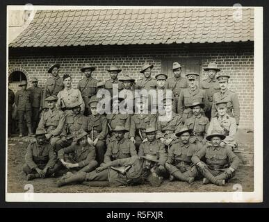 British & Indian officers 9th Gurkhas at their headquarters in France [St Floris]. A group portrait, in uniform, 23rd July 1915. Record of the Indian Army in Europe during the First World War. 20th century, 23rd July 1915. Gelatin silver prints. Source: Photo 24/(59). Author: Girdwood, H. D. - Stock Photo