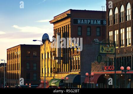 USA, Nebraska, Lincoln, Haymarket Square, Historic District, Restored Warehouses, Restaurants And Shops - Stock Photo
