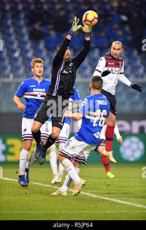 "Foto LaPresse - Tano Pecoraro 01 12 2018 Genova - (Italia) Sport Calcio Sampdoria vs Bologna Campionato di Calcio Serie A TIM 2018/2019 - Stadio ""Luigi Ferraris"" nella foto: audero emil  Photo LaPresse - Tano Pecoraro 01 December 2018 City Genova - (Italy) Sport Soccer Sampdoria vs Bologna Italian Football Championship League A TIM 2018/2019 - ""Luigi Ferraris"" Stadium in the pic: audero emil - Stock Photo"