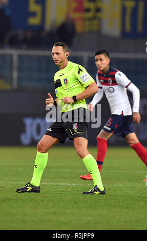 "Foto LaPresse - Tano Pecoraro 01 12 2018 Genova - (Italia) Sport Calcio Sampdoria vs Bologna Campionato di Calcio Serie A TIM 2018/2019 - Stadio ""Luigi Ferraris"" nella foto: abisso rosario arbitro  Photo LaPresse - Tano Pecoraro 01 December 2018 City Genova - (Italy) Sport Soccer Sampdoria vs Bologna Italian Football Championship League A TIM 2018/2019 - ""Luigi Ferraris"" Stadium in the pic: abisso rosario arbitro - Stock Photo"