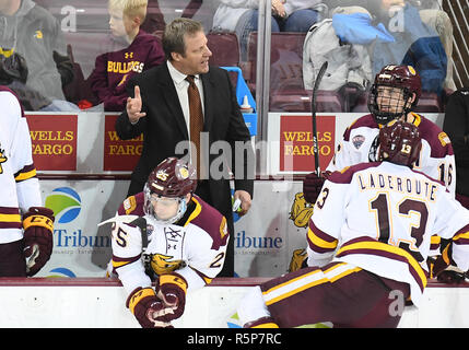 December 1, 2018 Minnesota Duluth head coach Scott Sandelin has words with his players during a NCAA men's ice hockey game between the University of North Dakota Fighting Hawks and the Minnesota Duluth Bulldogs at Amsoil Arena in Duluth, MN. North Dakota won 2-1. Photo by Russell Hons/CSM - Stock Photo