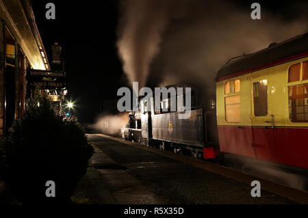 46512 pauses at Boat of Garten station on the Strathspey railway. - Stock Photo