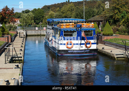 Cruise boat at Hambleden Lock on the River Thames, Berkshire, England United Kingdom UK - Stock Photo
