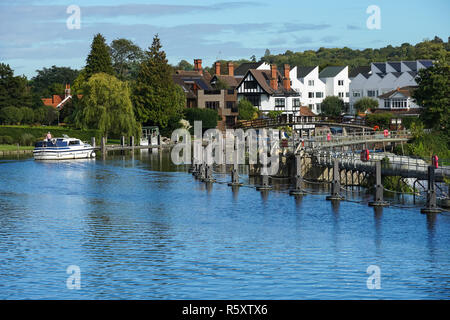 A weir and Marlow Lock on the River Thames, Buckinghamshire, England United Kingdom UK - Stock Photo