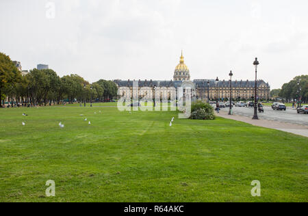 PARIS, FRANCE, SEPTEMBER 5, 2018 - Invalides National Hotel is a great complex of buildings with Army Museum and Napoleon Tomb in Paris, France. - Stock Photo
