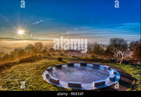 Wirksworth, UK. 03rd Dec, 2018. UK Weather: spectacular sunrise with cloud inversion at the star disc above Wirksworth in the Derbyshire Dales, Peak District National Park Credit: Doug Blane/Alamy Live News Stock Photo