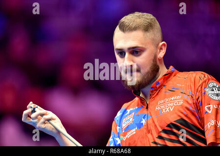 London, UK. 4th Dec, 2018. Skyler Woodward of USA during The Partypoker Mosconi Cup 2018: on Day 1 event at Alexandra Palace on Tuesday, 04 December 2018. LONDON, ENGLAND. (Editorial use only, license required for commercial use. No use in betting, games or a single club/league/player publications.) Credit: Taka Wu/Alamy Live News - Stock Photo