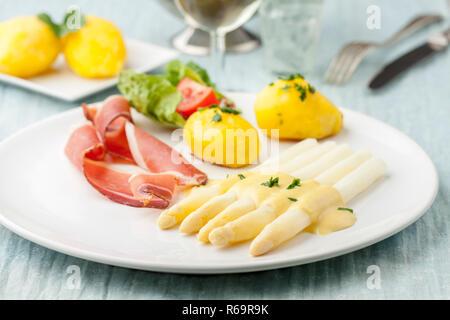White Asparagus - Stock Photo