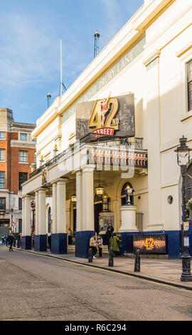 A typical view in Covent Garden - Stock Photo