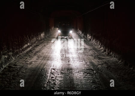 Remmlingen, Germany. 05th Dec, 2018. Visitors are taken by bus through the Asse mine. It will be at least until 2033 before the first nuclear waste is removed from the Asse. Credit: Ole Spata/dpa/Alamy Live News - Stock Photo