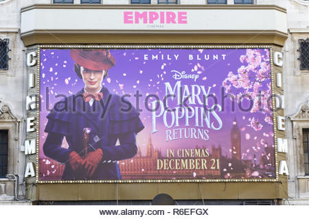 Promotional poster for the new movie Mary poppins returns - Stock Photo