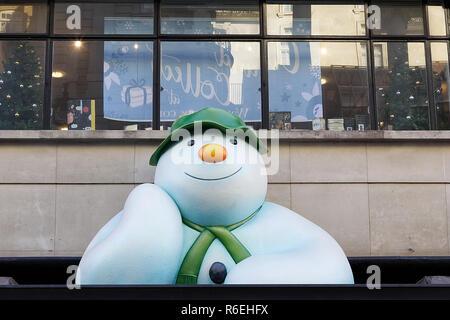 The Snowman Christmas statue