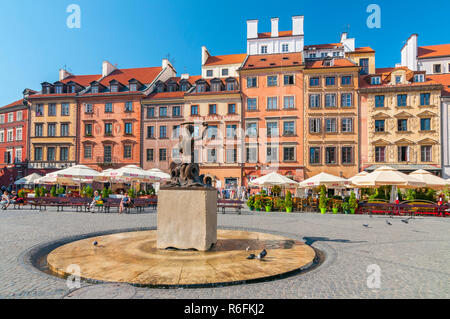 The Statue Of Mermaid In The Centre Of Warsaw'S Old Town In Warsaw, Poland - Stock Photo