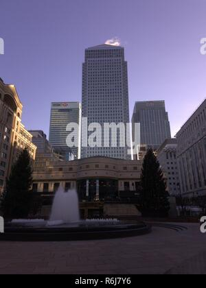 One Canada Square, HSBC and Citi Bank tower blocks in Canary Wharf London - Stock Photo