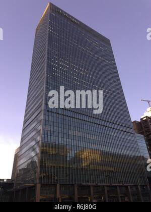 J P Morgan Investment Bank Building Canary Wharf London - Stock Photo
