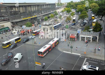 08.09.2014, Berlin, Germany, Europe - An elevated view of the Bahnhof Zoo railway station at Hardenbergplatz square in Berlin-Charlottenburg. - Stock Photo