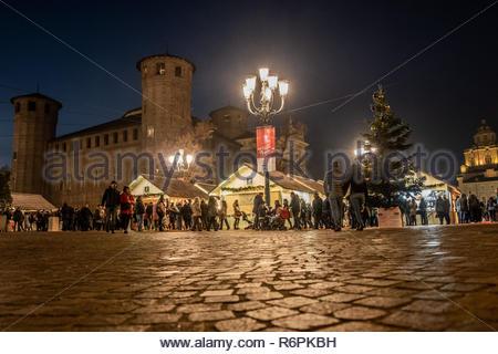Turin, Italy. 2nd December, 2018. General view of Christmas market and Palazzo Madama by night. © Simone Migliaro / Awakening - Stock Photo