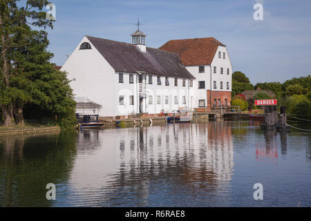 Hambleden Mill, Mill End, Buckinghamshire, now converted into flats - Stock Photo