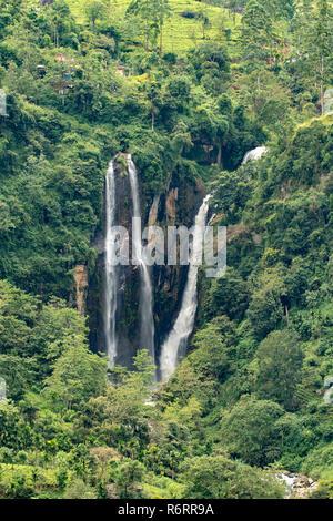 Puna Ella Falls, Ramboda near Nuwara Eliya, Sri Lanka - Stock Photo