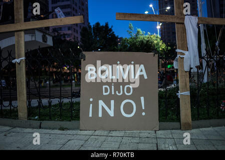 La Paz, Bolivia. 06th Dec, 2018. A poster with the inscription 'Bolivia dijo No' ('Bolivia said no') stands before the Supreme Electoral Court during a demonstration against the Court's decision to admit another candidacy of long-term president Morales. Credit: Marcelo Perez del Carpio/dpa/Alamy Live News - Stock Photo