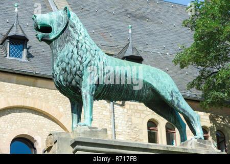 Replica of Brunswick Lion, bronze statue, Imperial Palace, Kaiserpfalz, UNESCO World Heritage Site, Goslar, Harz, Lower Saxony - Stock Photo