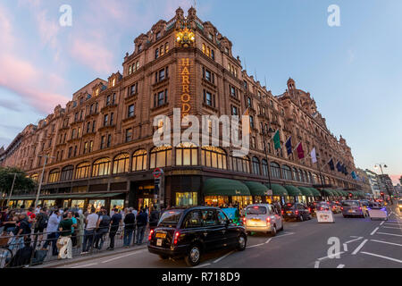 Harrods Department Store, blue hour, London, Great Britain - Stock Photo
