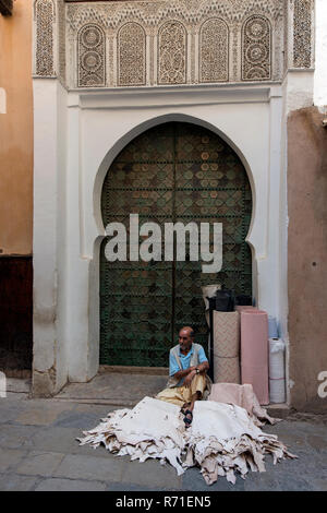 Old shops inside the Medina of Fes el Bali - Stock Photo
