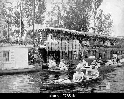 Houseboats, Henley on Thames - Stock Photo