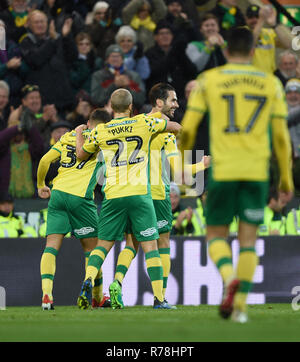 Norwich City's Mario Vrancic celebrates scoring his side's first goal of the game during the Sky Bet Championship match at Carrow Road, Norwich. - Stock Photo