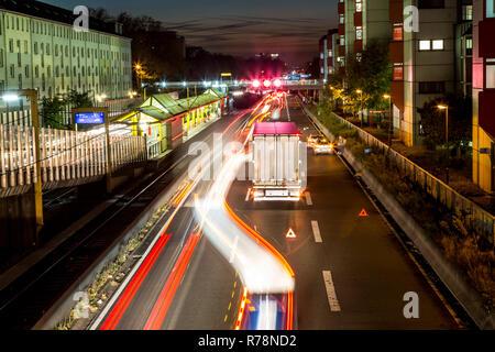 Collision on the A40, Ruhrschnellweg, truck blocking the center lane, city limits, Essen, North Rhine-Westphalia, Germany - Stock Photo