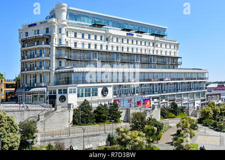 Southend on Sea landmark parkinn Palace hotel building by Radisson with casino overlooking seafront seaside resort town of Southend Essex England UK - Stock Photo