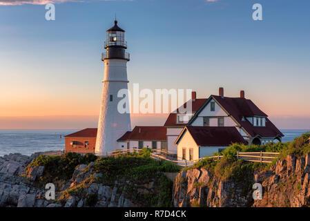 Portland Lighthouse at sunrise