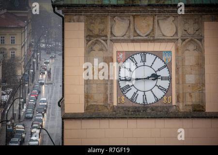 PRAGUE, CZECH REPUBLIC - FEBRUARY 19, 2013: the Saint Charles bridge during the snowfall - Stock Photo