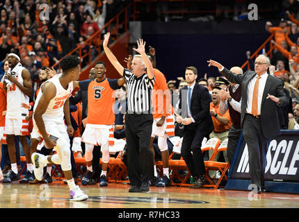 Syracuse, NY, USA. 8th Dec, 2018. The Syracuse bench celebrates as the Syracuse Orange defeated the Georgetown Hoyas 72-71 at the Carrier Dome in Syracuse, NY. Photo by Alan Schwartz/Cal Sport Media/Alamy Live News - Stock Photo