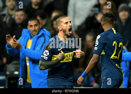 Madrid, Spain. 9th Dec, 2018. Boca Juniors' Dario Benedetto (C) celebrates after scoring the second round of Copa Libertadores final between River Plate and Boca Juniors in Madrid, Spain, on Dec. 9, 2018. River Plates won 3-1 in the second round and 5-3 in total to claim the title. Credit: Guo Qiuda/Xinhua/Alamy Live News - Stock Photo