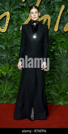 Photo Must Be Credited ©Alpha Press 079965 10/12/2018 Rosamund Pike The Fashion Awards 2018 Royal Albert Hall London - Stock Photo