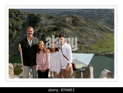 Spanish Kings Felipe VI and Letizia Ortiz with their daughters the Princess Leonor and the Infanta Sofia during a Christmas card.  10/12/2018 - Stock Photo